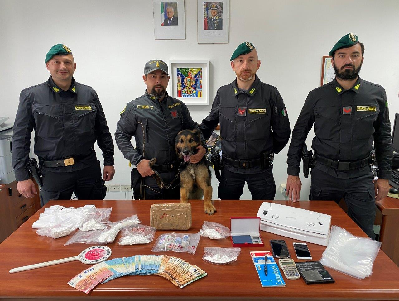 spaccio-cocaina-bar-pietramelara-sequestro